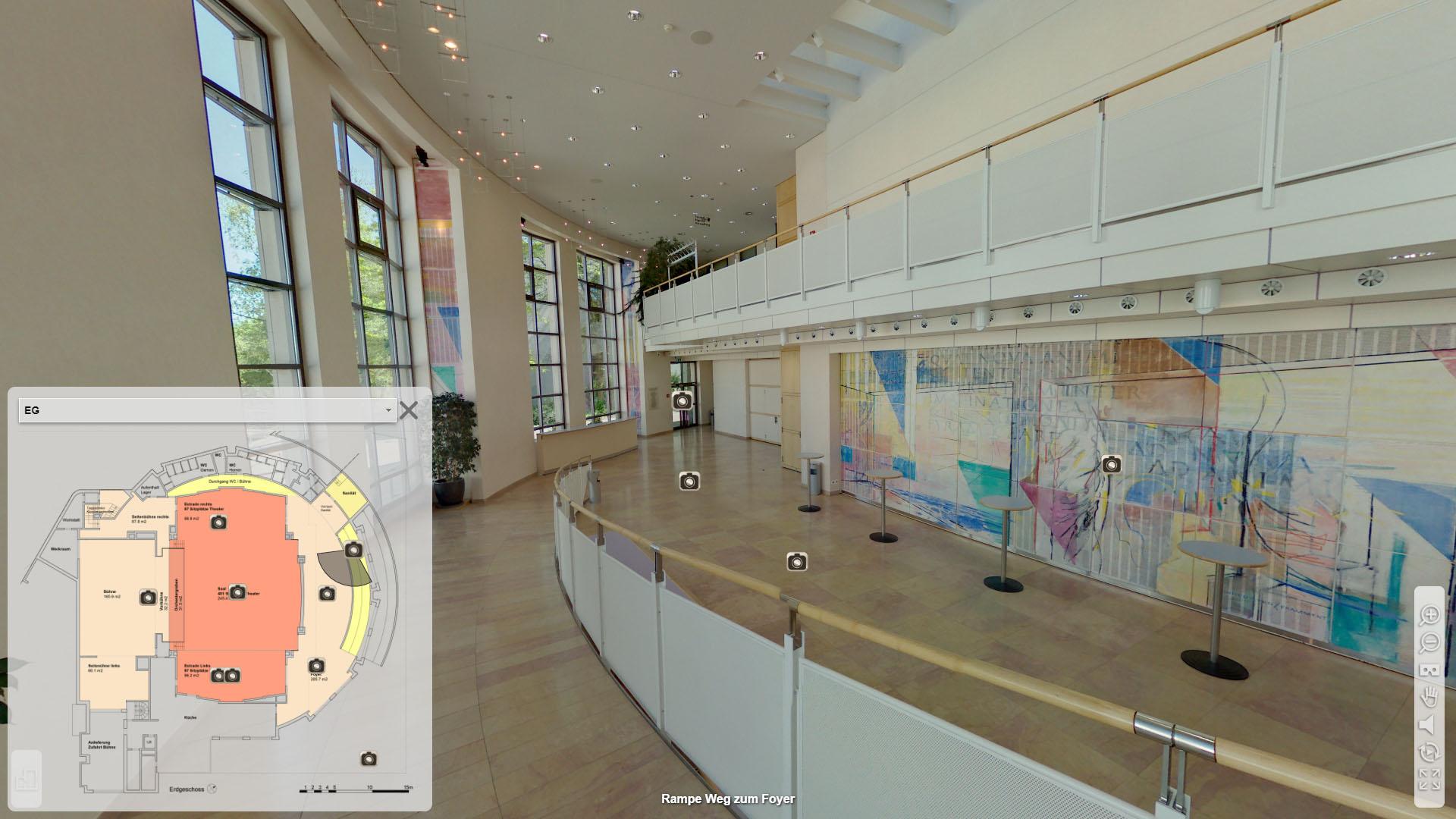 Lorzensaal Cham Rampe Weg zum Foyer mit Grundrissplan
