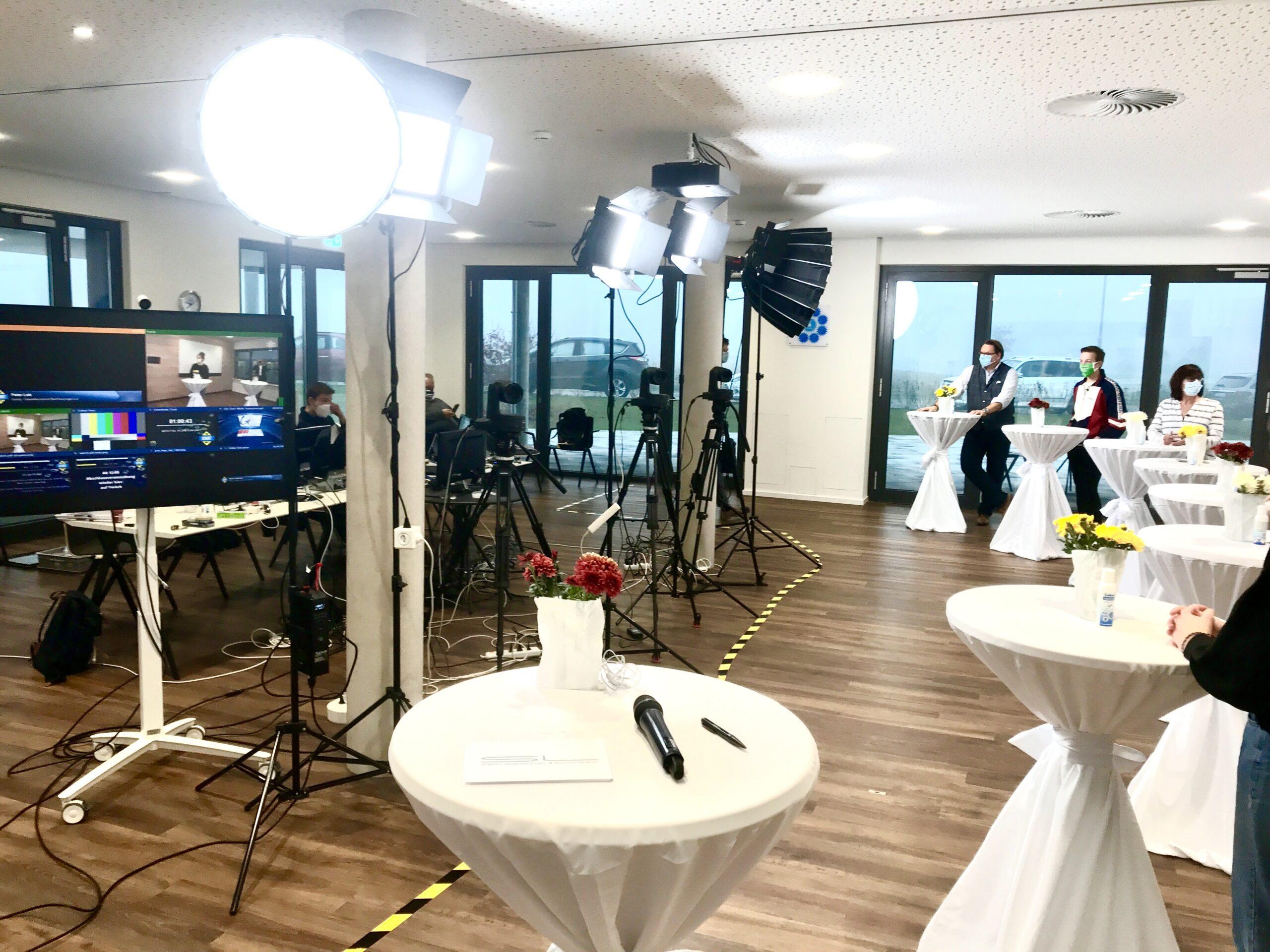Live Streaming Podiumsdiskussion JobStartMarkt 1