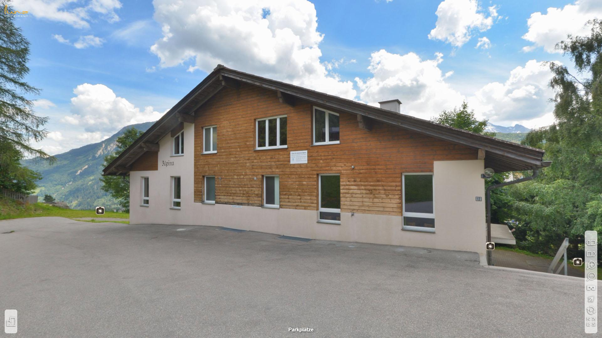 Alpina Gruppenhaus Graubuenden Parkplaetze