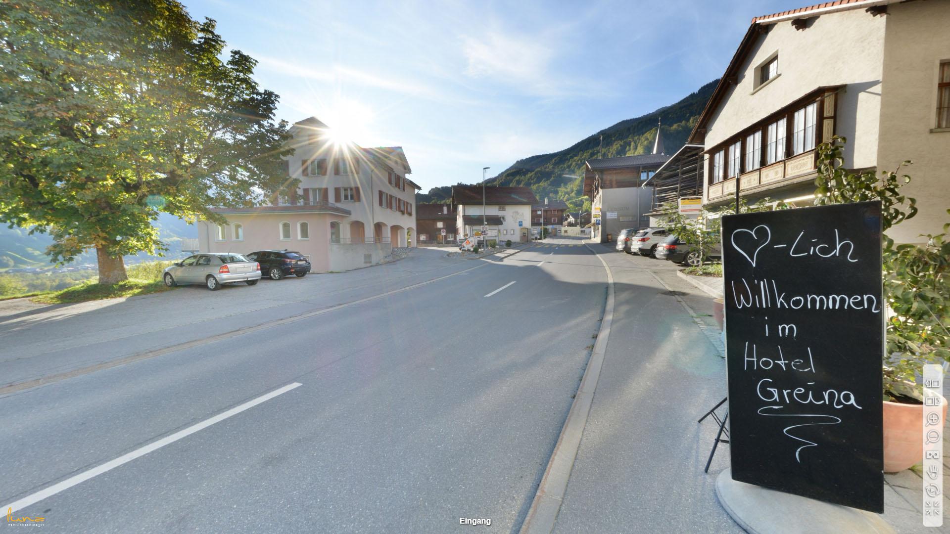 Hotel Greina Graubuenden Eingang