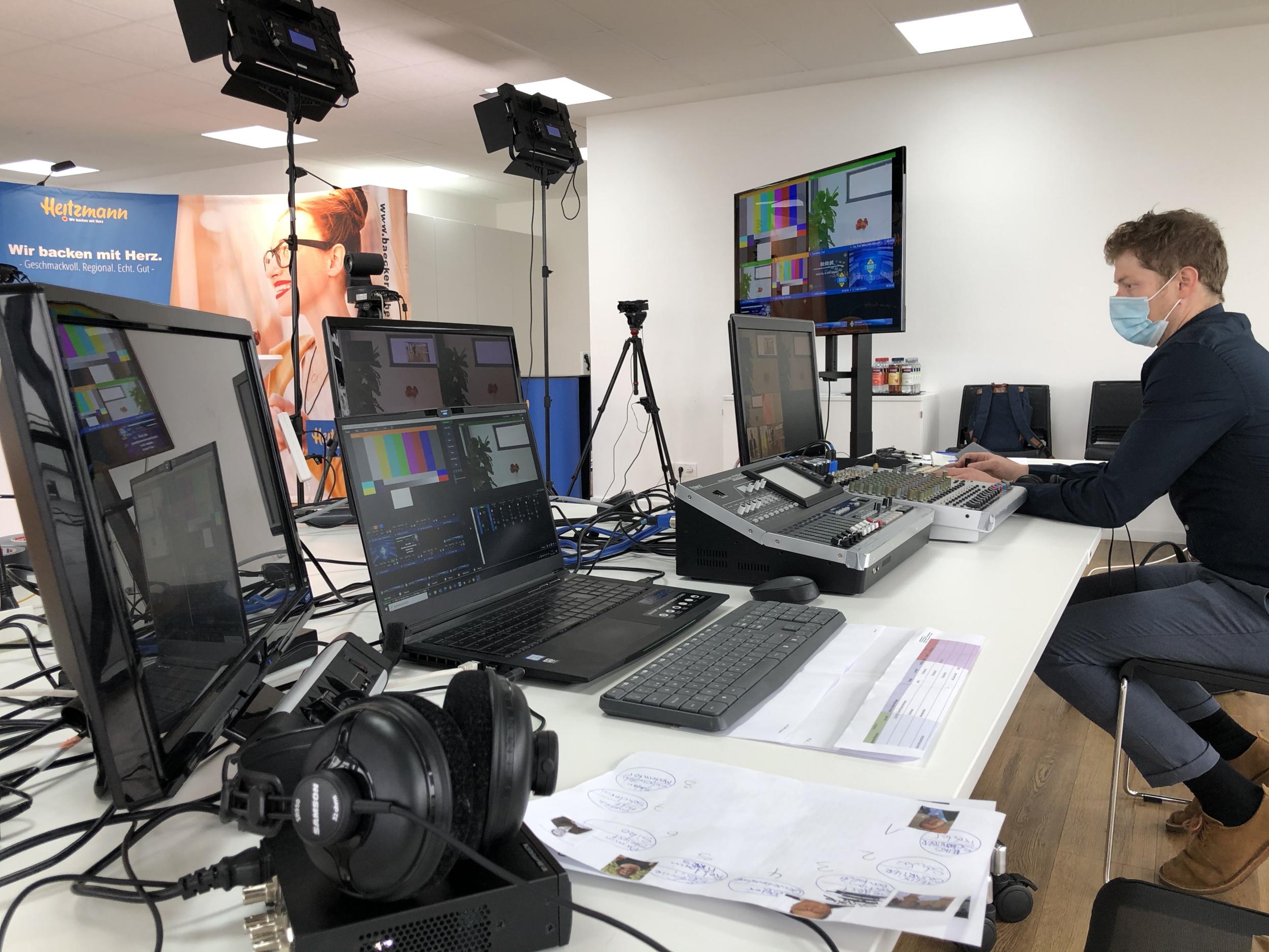 Live Streaming Podiumsdiskussion JobStartMarkt 2