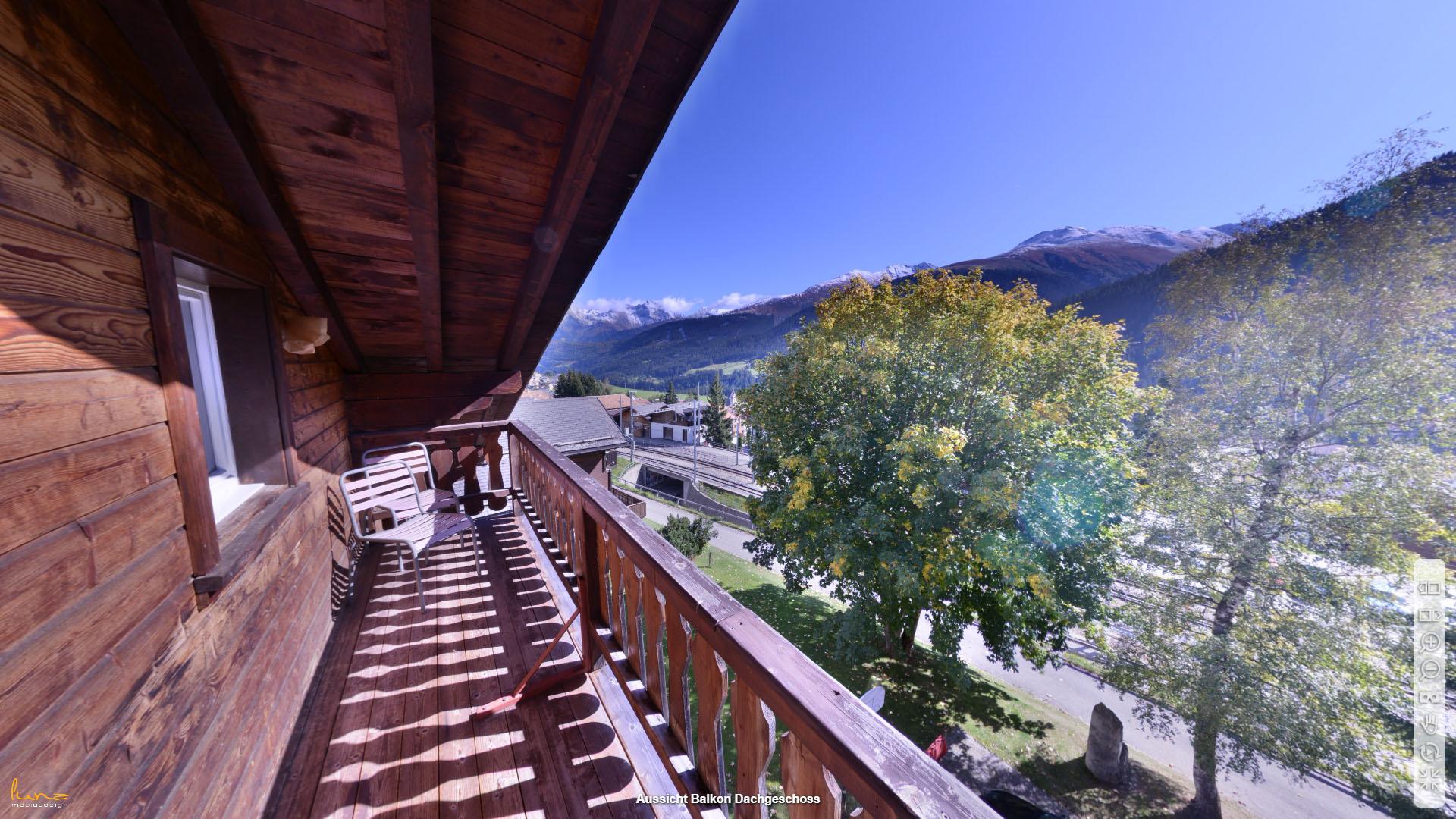 Pension Strem Graubuenden Aussicht Balkon Dachgeschoss